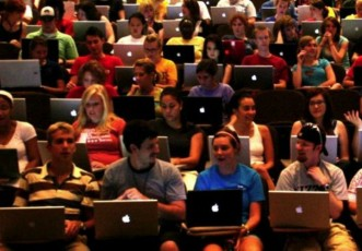 10 Things That Happen When You Bring Your Laptop To Class